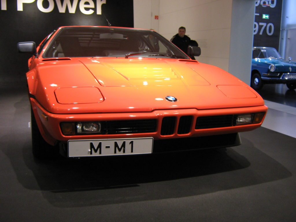bmw-m1-front