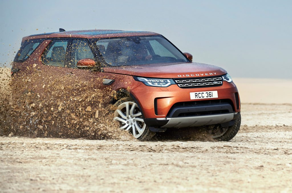 land-rover-discovery-5-on-road
