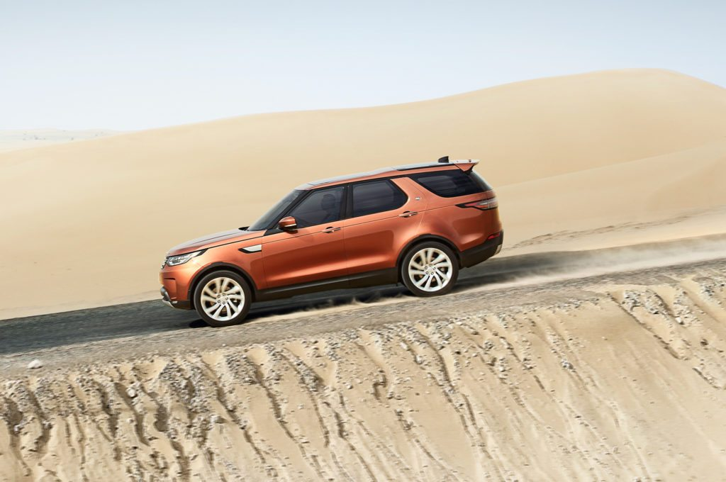 land-rover-discovery-5-side