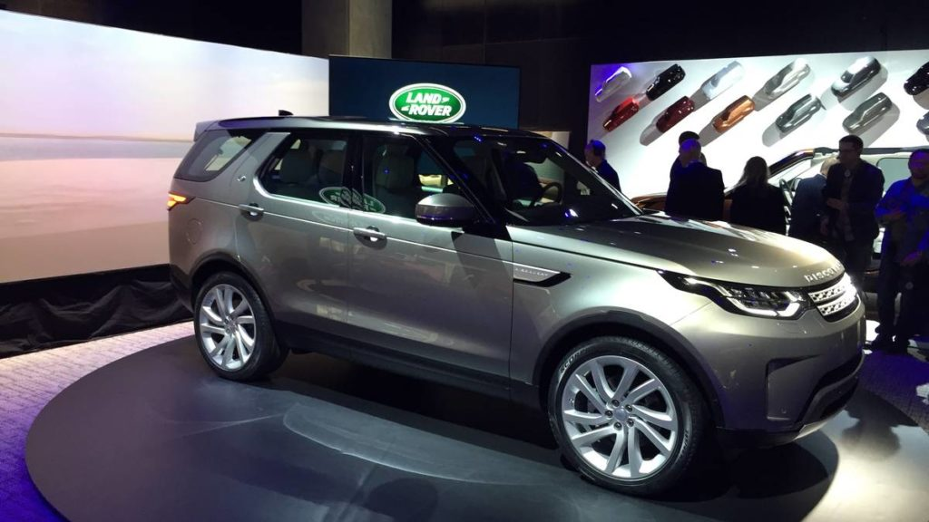 land-rover-discovery-paris