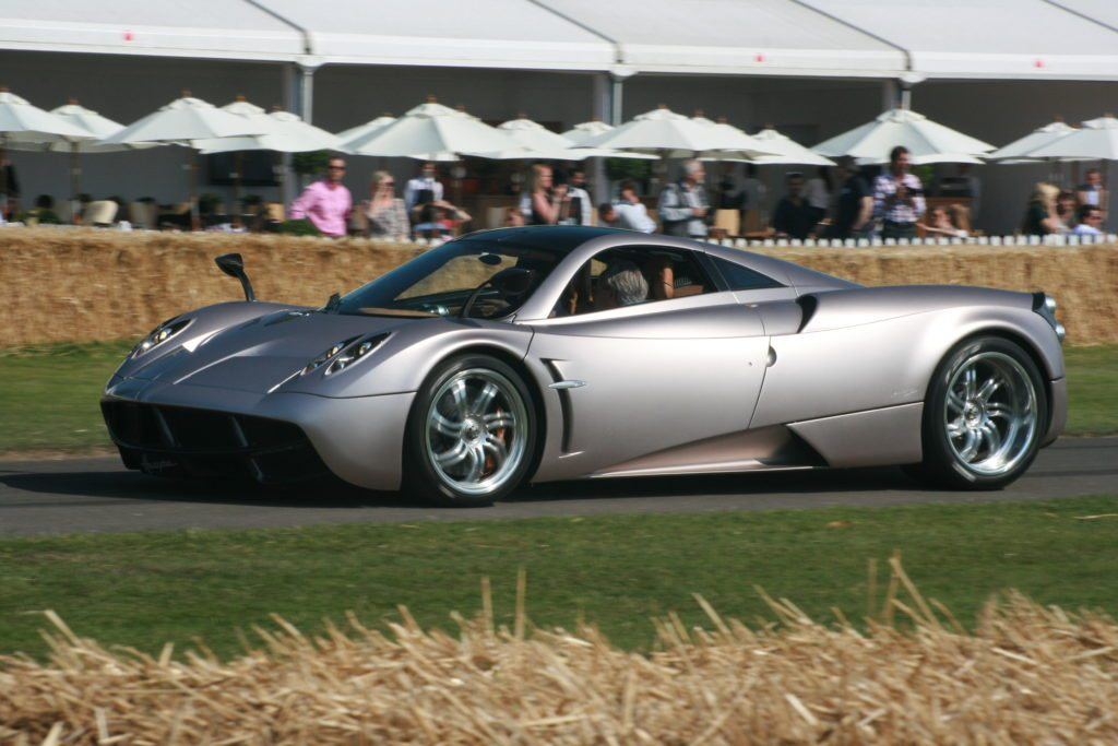 pagani-huayra-featured